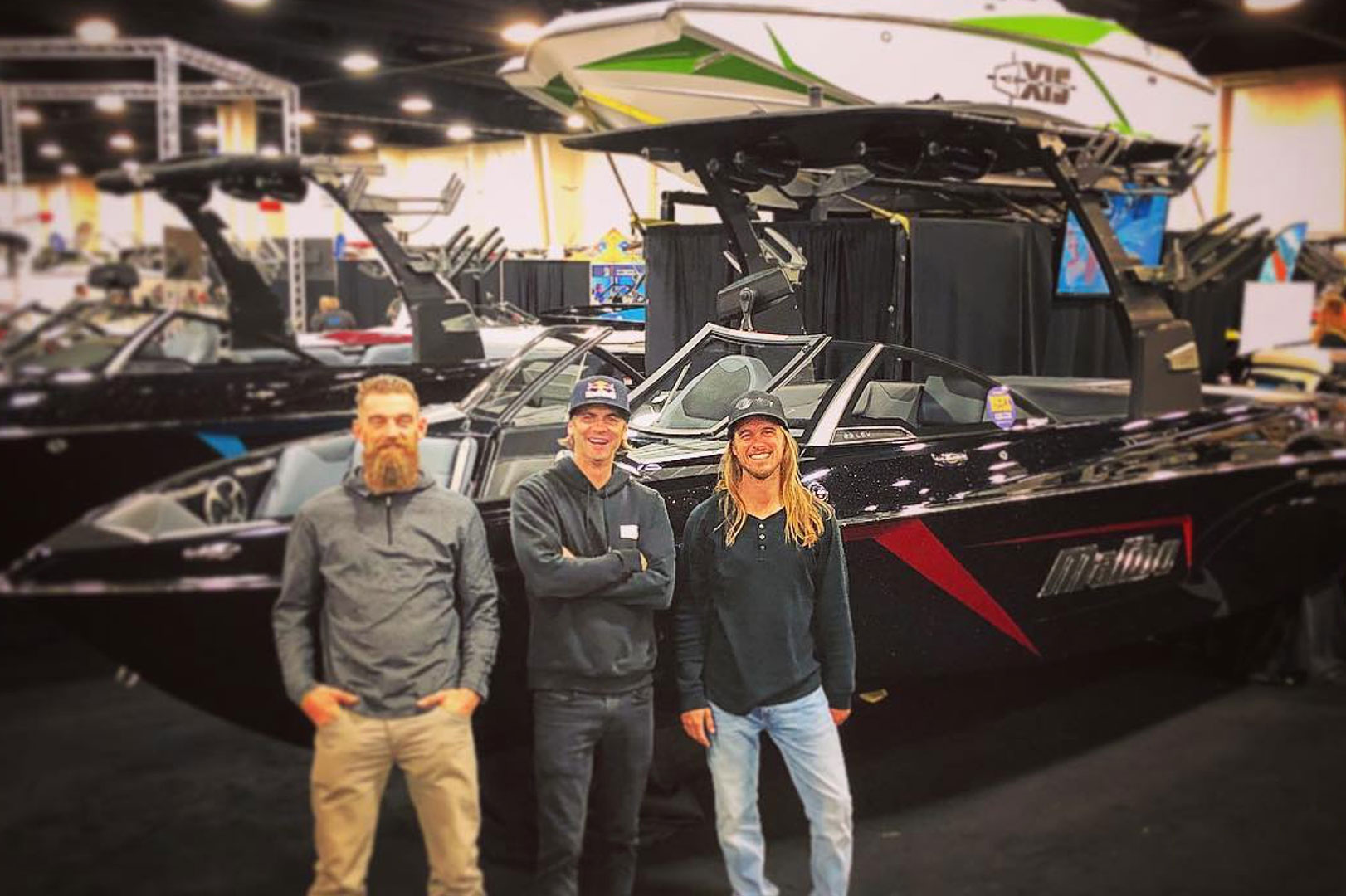Malibu & Axis Dealers Bringing Summer to Boat Show