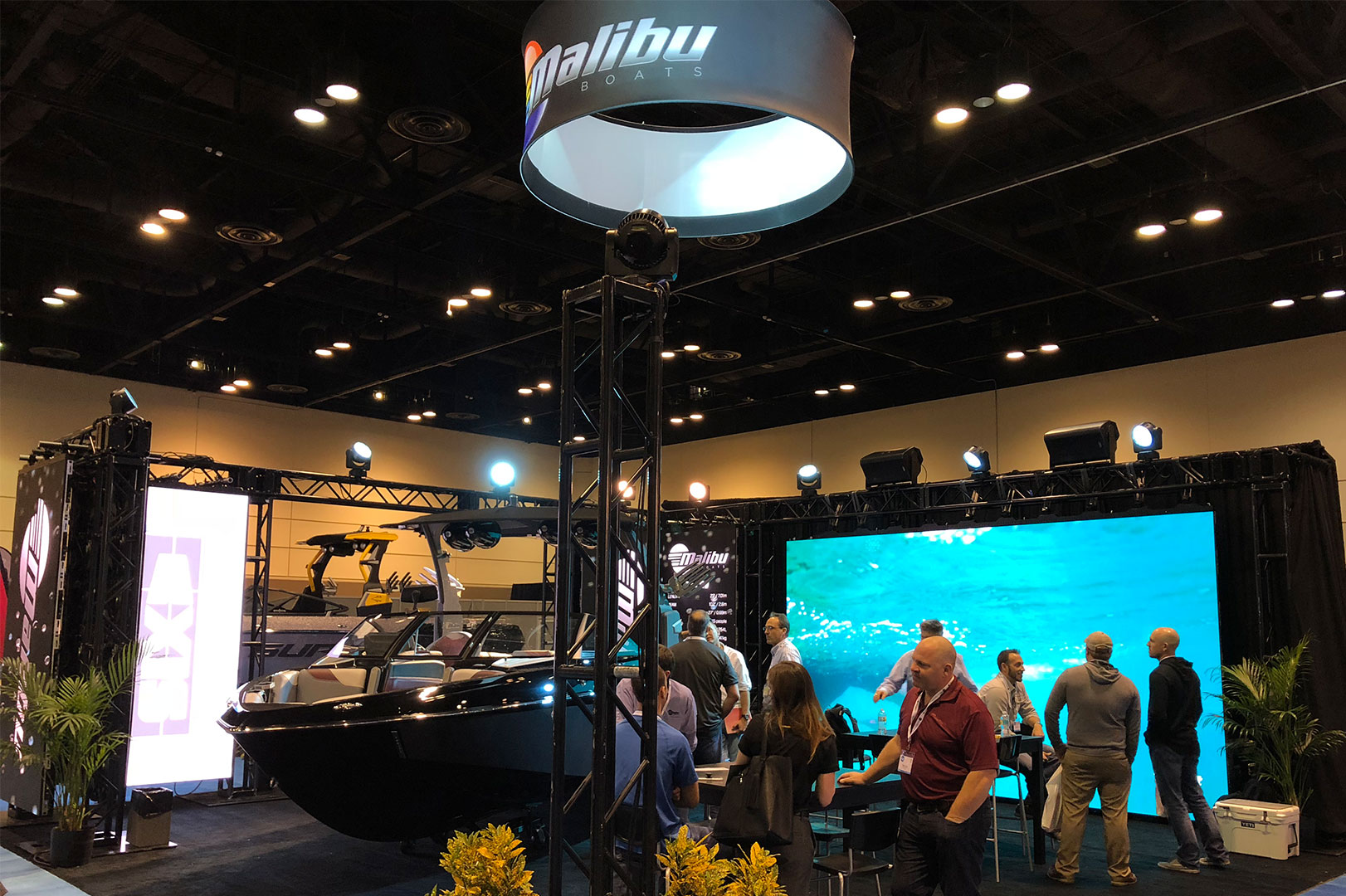 Malibu & Axis Attend Annual MDCE Show in Orlando