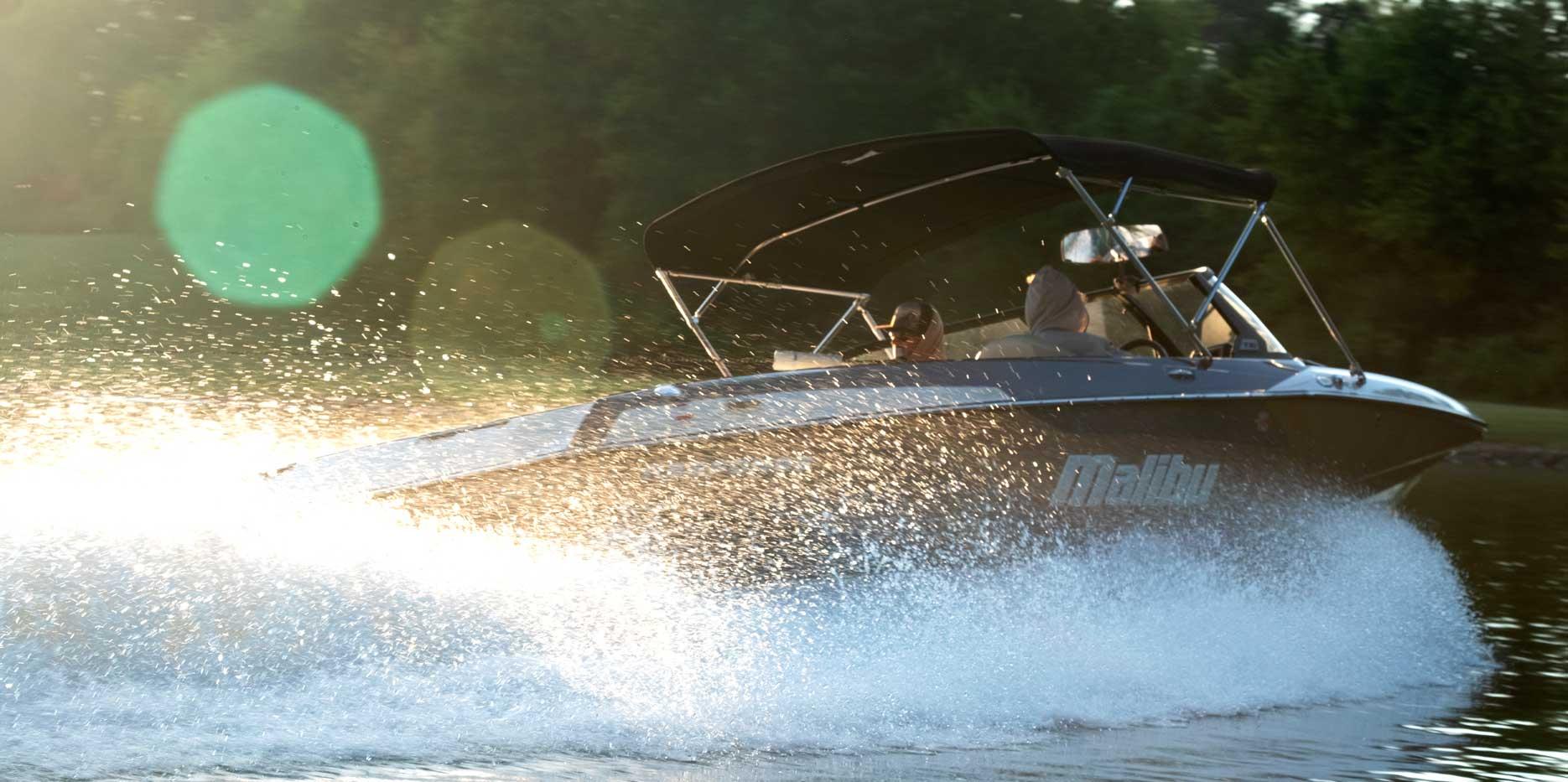 Malibu Boats TXi Response Closed Bow Slalom Boat