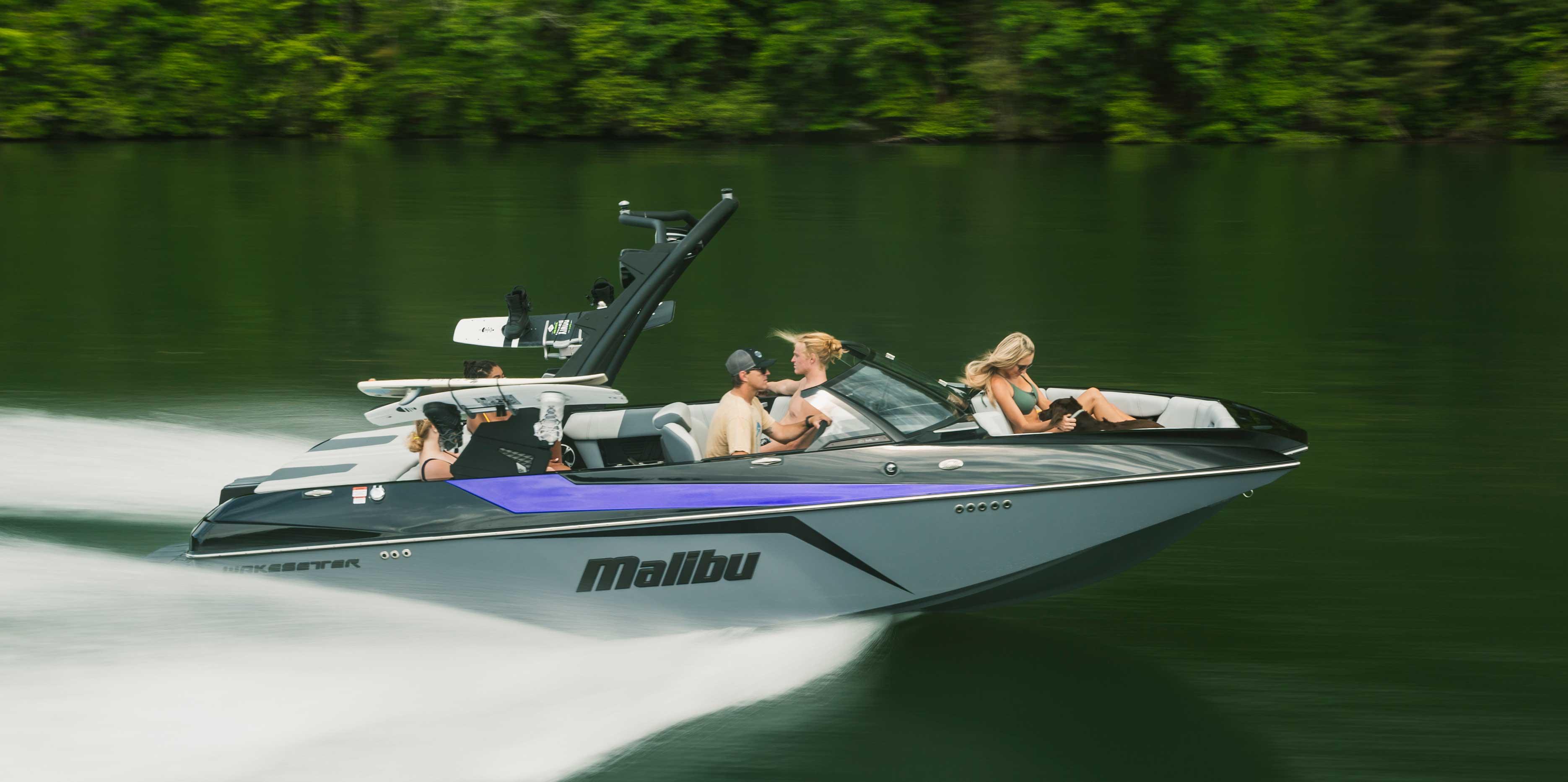 2021 Malibu Wakesetter 21 MLX Running