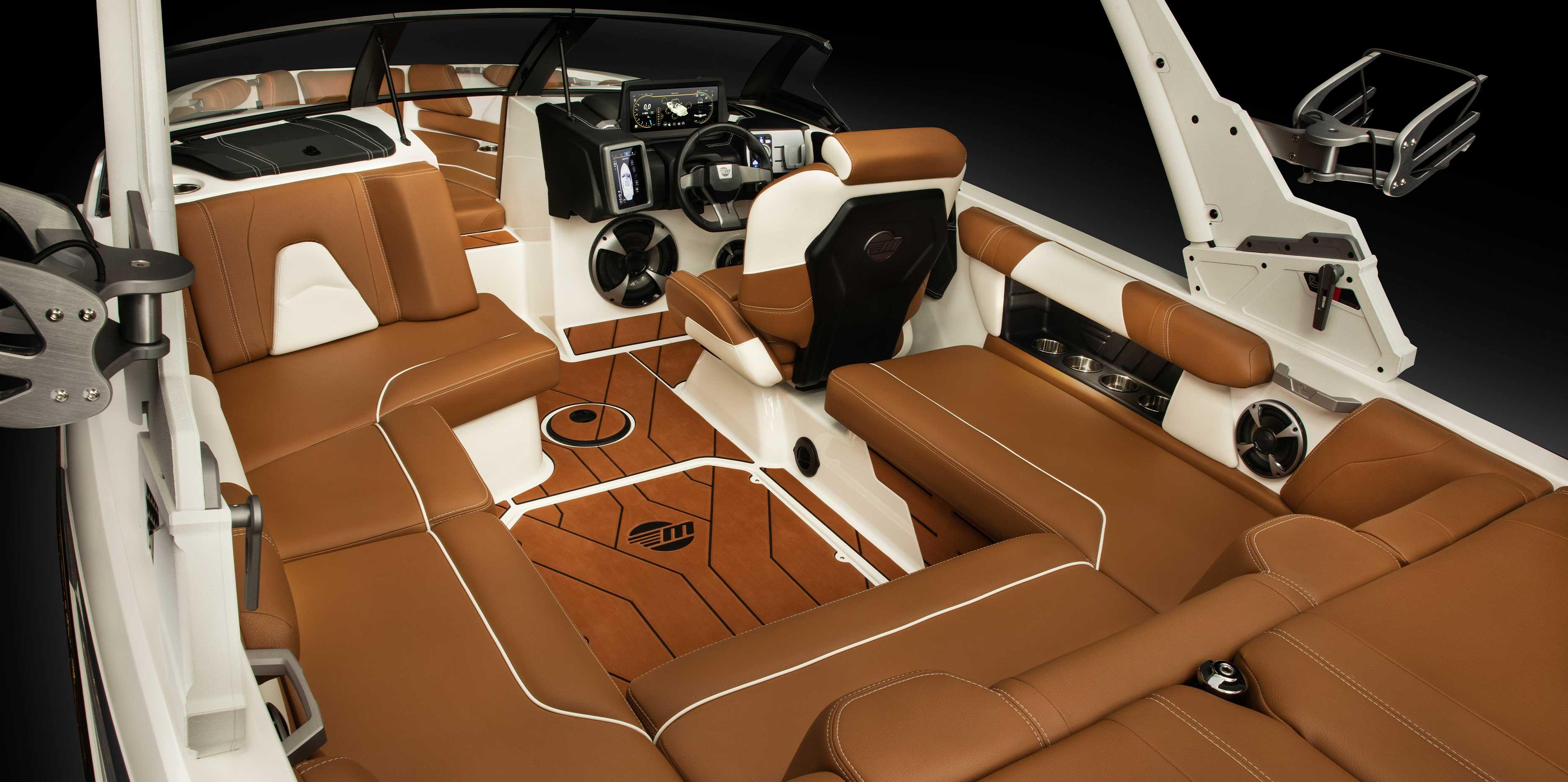 2021 Malibu Boats Wakesetter 21 VLX interior