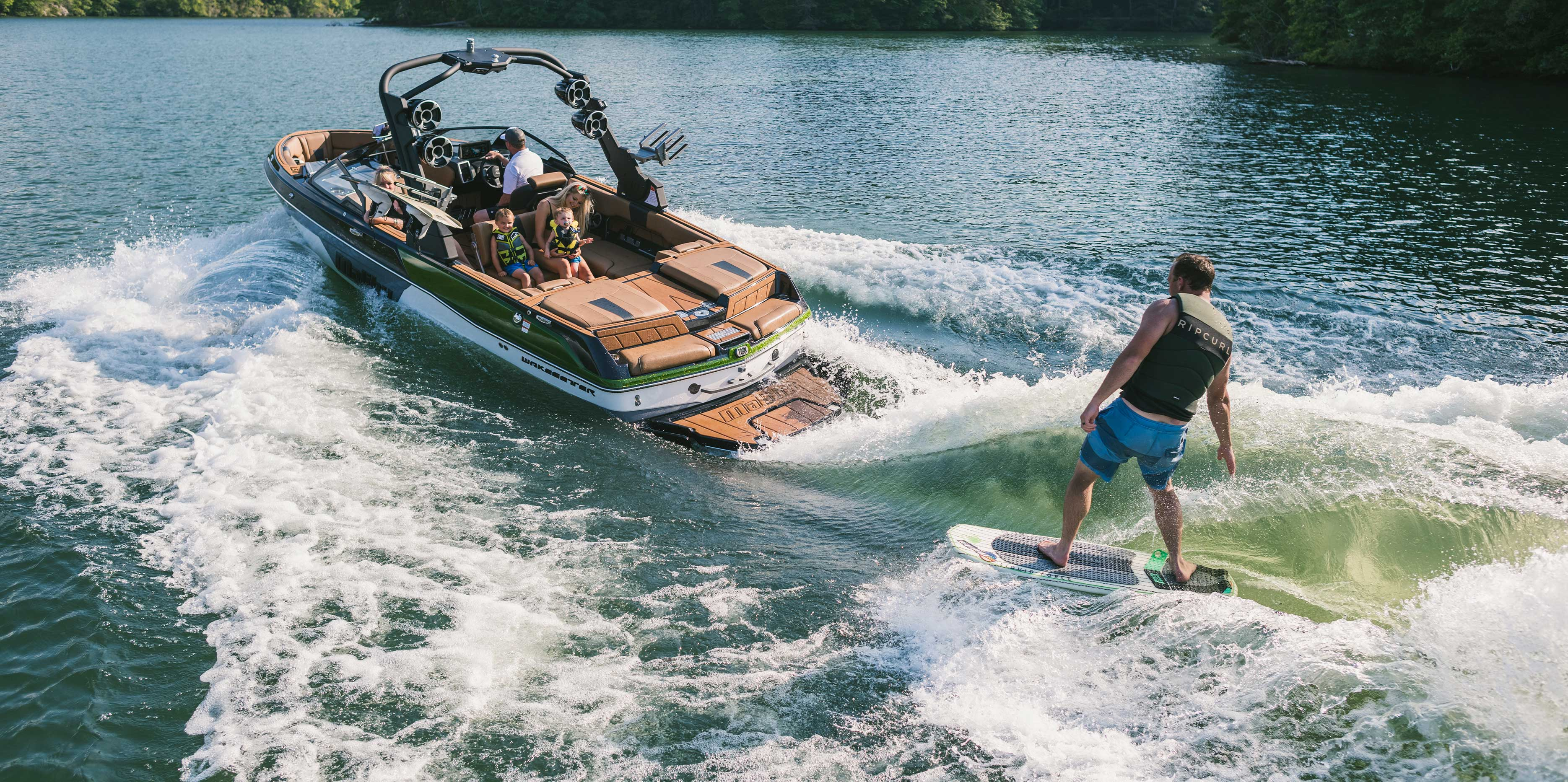 Wakesurfing behind the 23 LSV