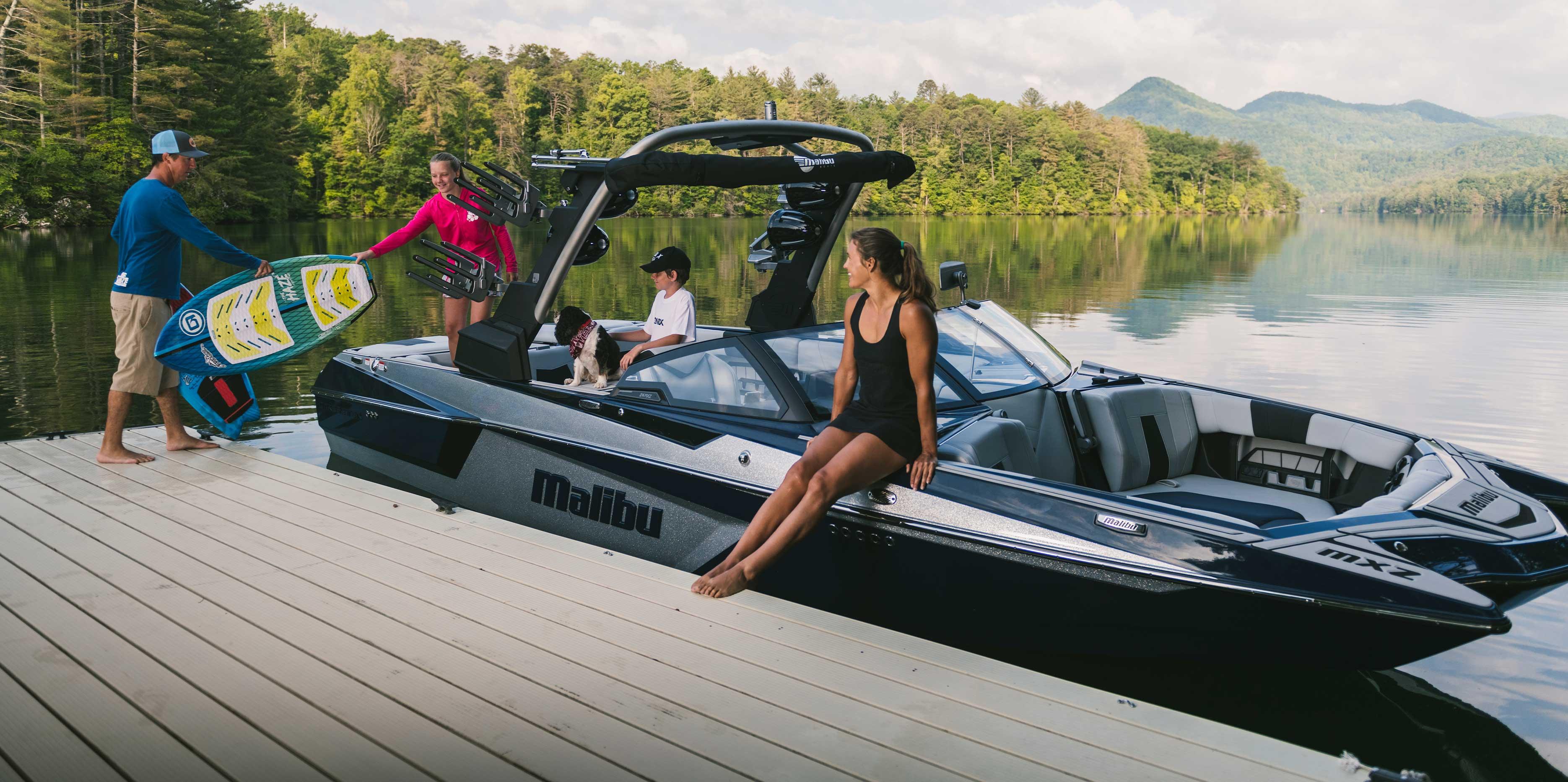 Malibu Boats 24 MXZ docked
