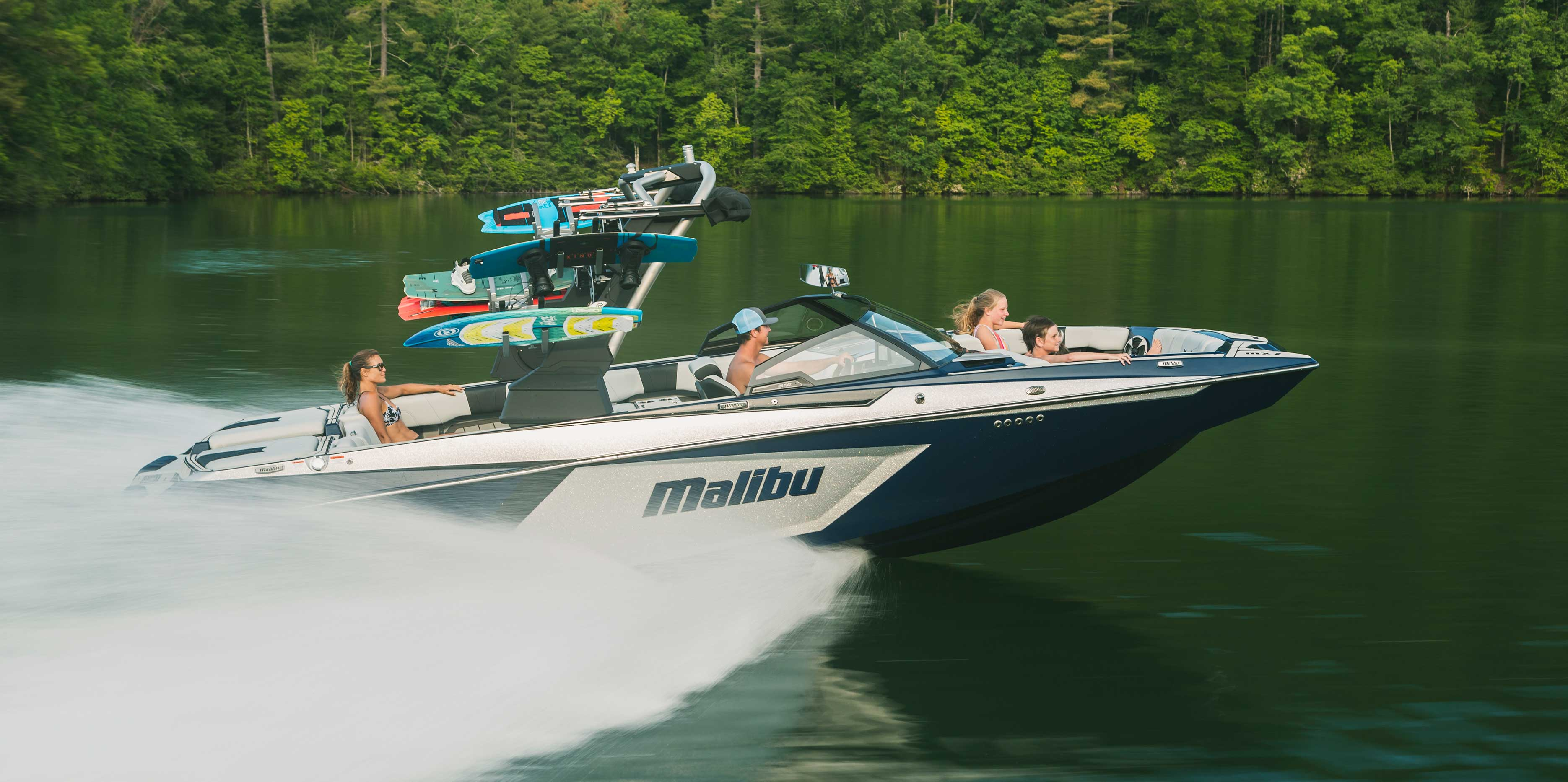 Malibu 24 MXZ cruising