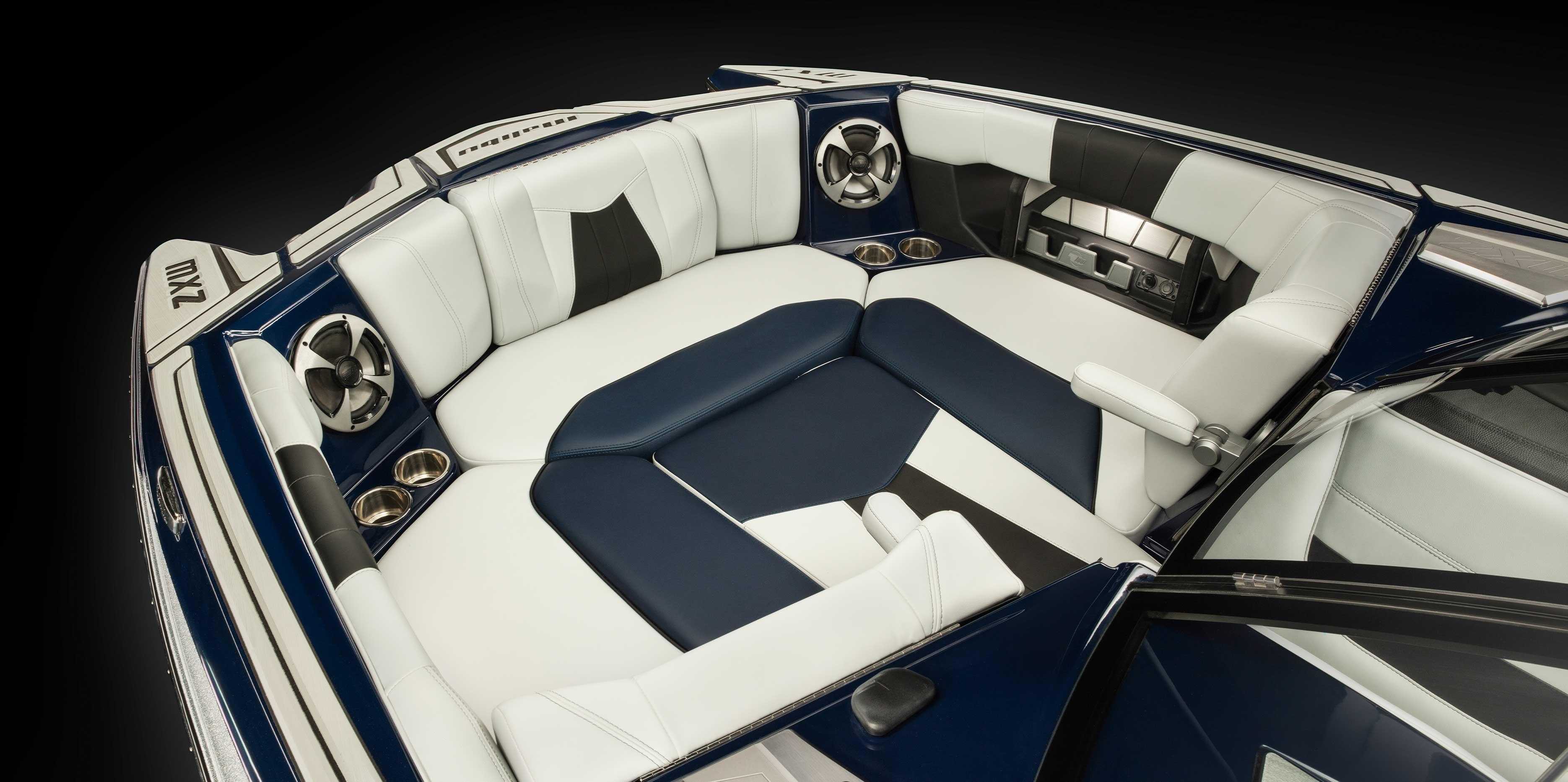 Malibu 24 MXZ Bow