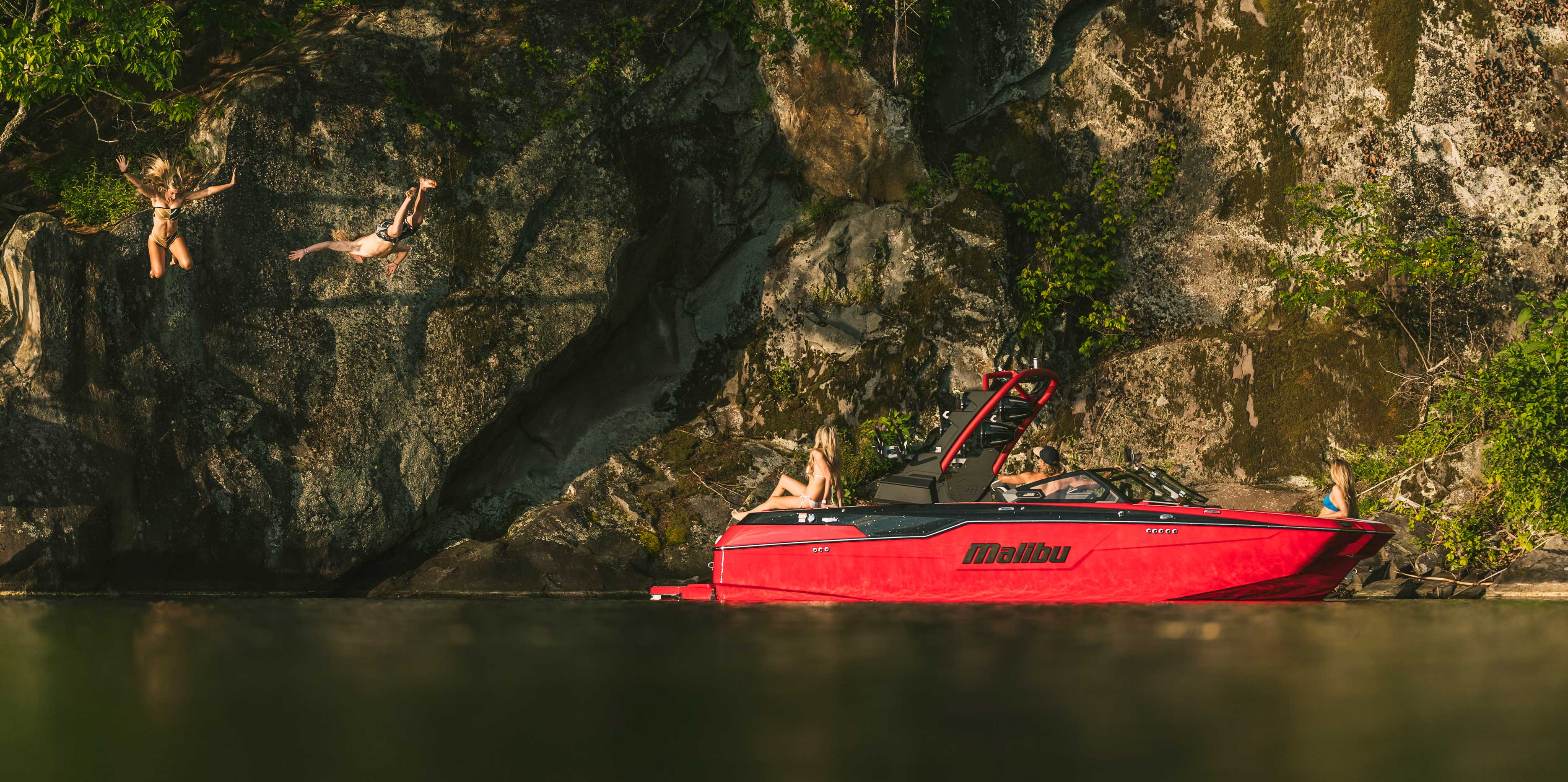 The 2021 Malibu Boats All-New M220 Lifestyle
