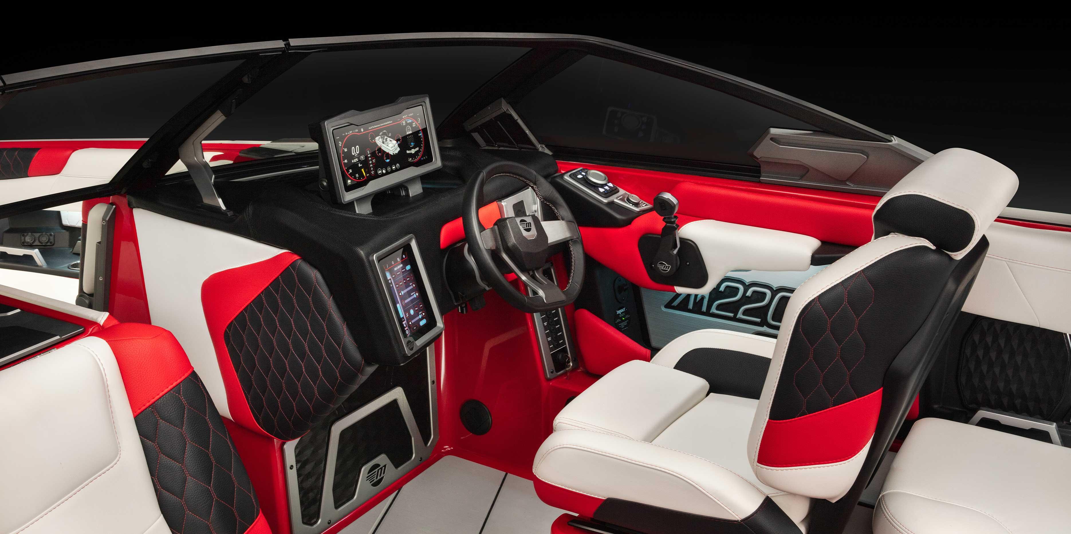 The 2021 Malibu Boats All-New M220 Premium Edition Dash