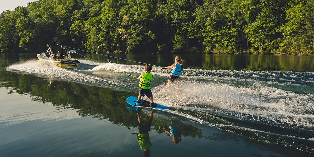 How to teach your kid to wakesurf, Malibu Boats