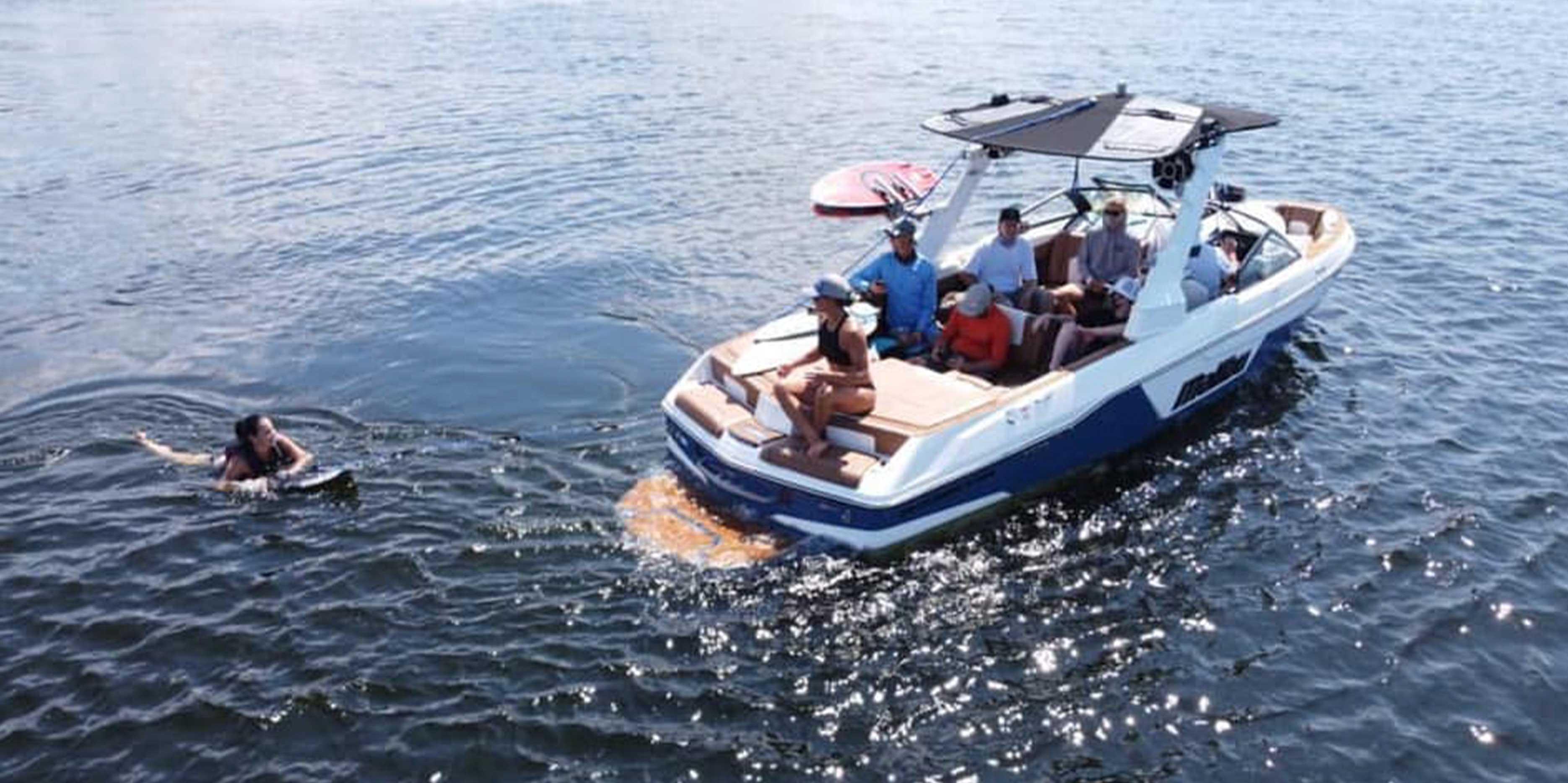 Malibu Boats Brave the Wave Wakesurfing Tour