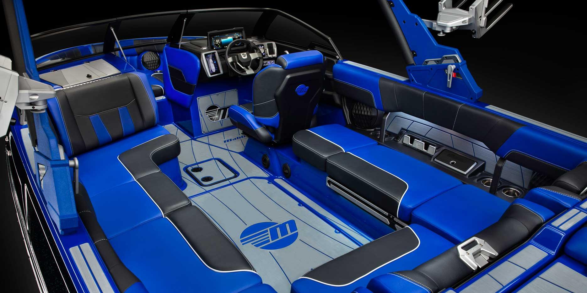 Malibu Wakesetter 23 LSV Interior