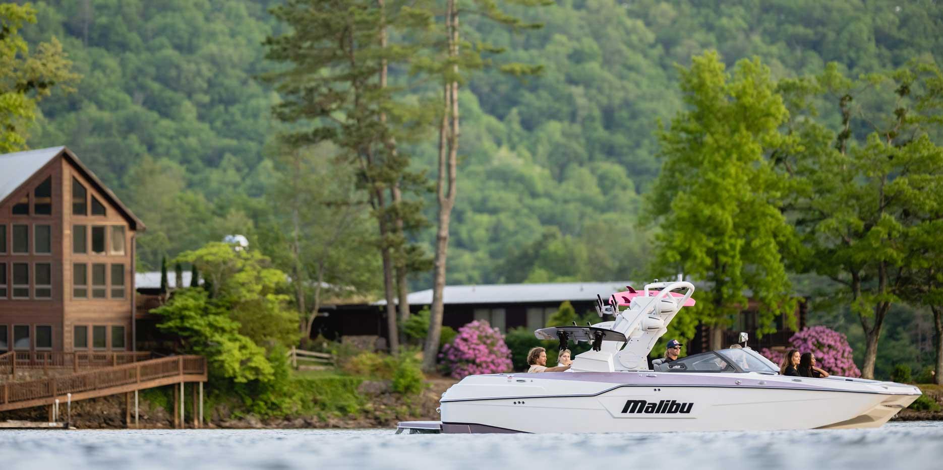Malibu Boats M240