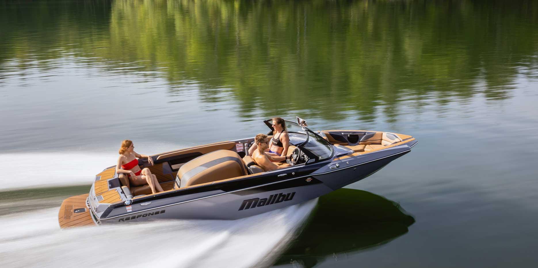 Malibu Boats TXi Response Open Bow Slalom Boat
