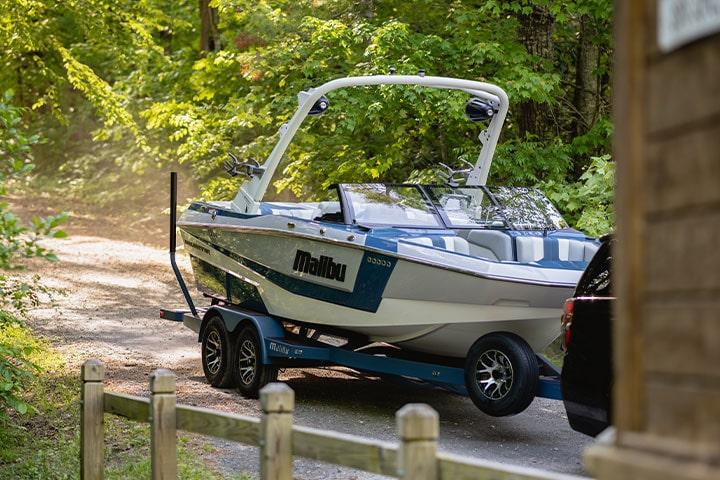 All-New Malibu Wakesetter 21 LX Boat