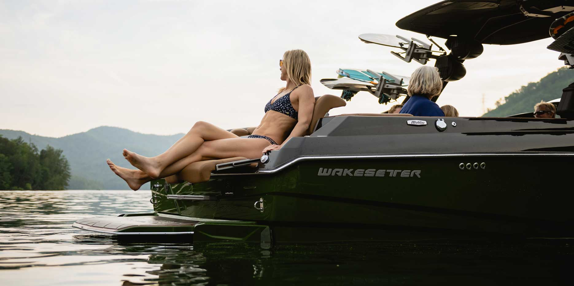 25 LSV Rear Loungers