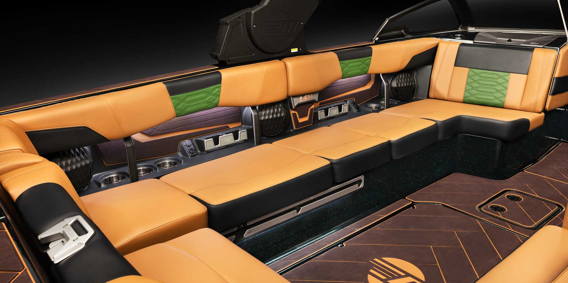 The 25 LSV luxury lounge