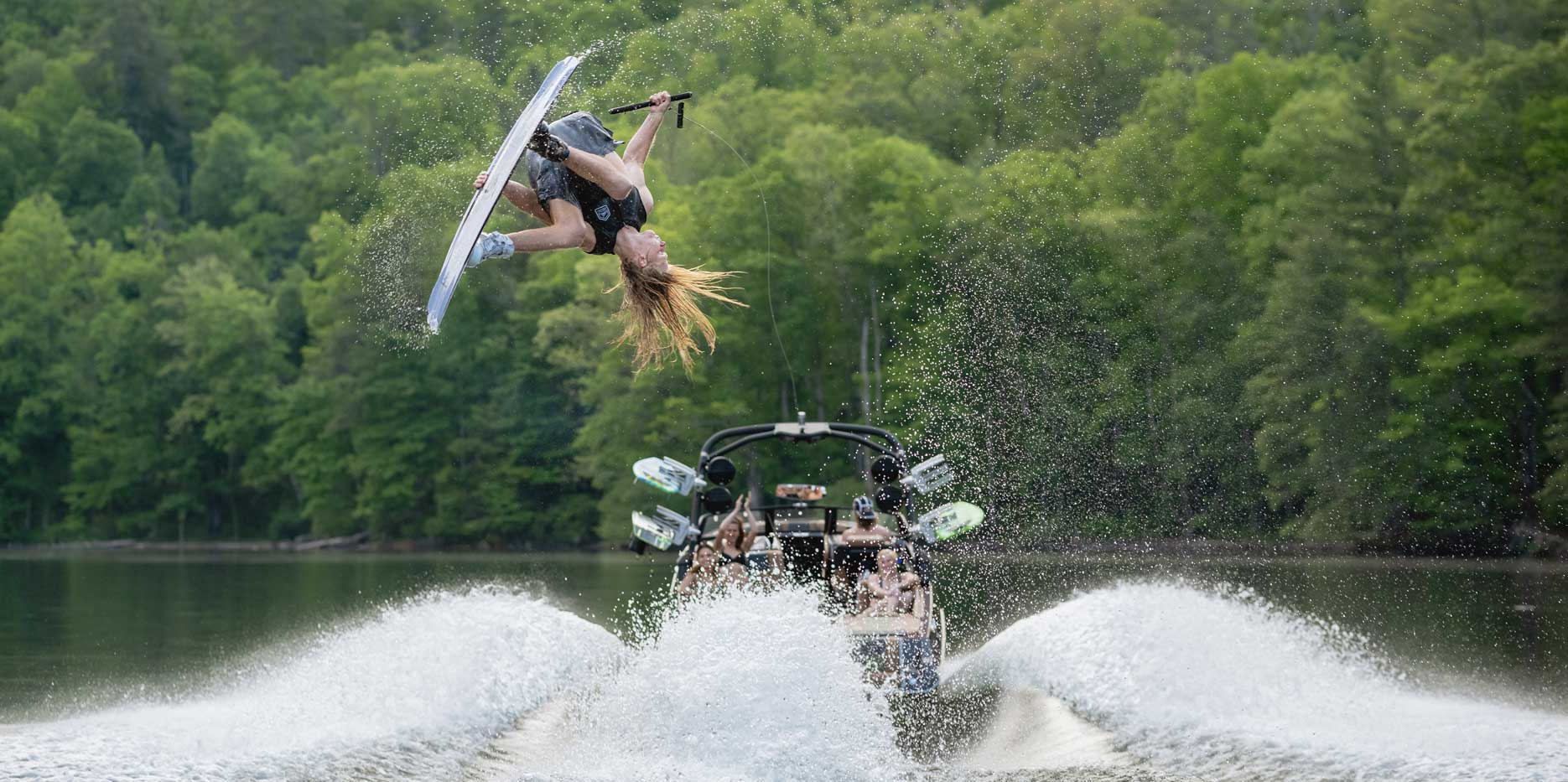 25 LSV Wakeboarding